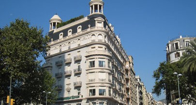 Are you thinking about investing in real estate in Barcelona?